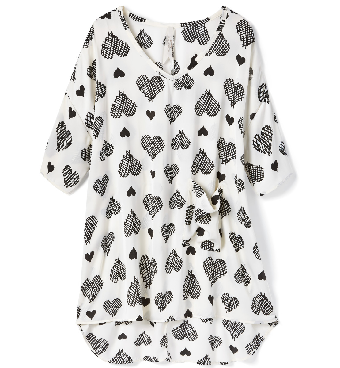 Melissa McCarthy Seven7: printed heart blouse at Penningtons in Canada