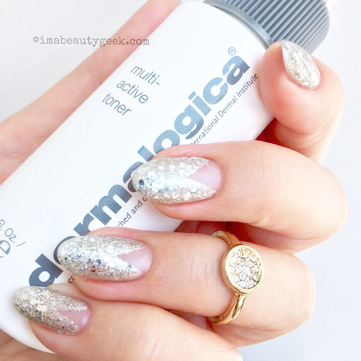 a grown-up glitter manicure or new pavé mani