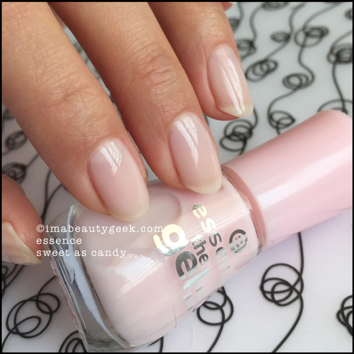 Essence Nail Polish Sweet As Candy The Gel _ 1