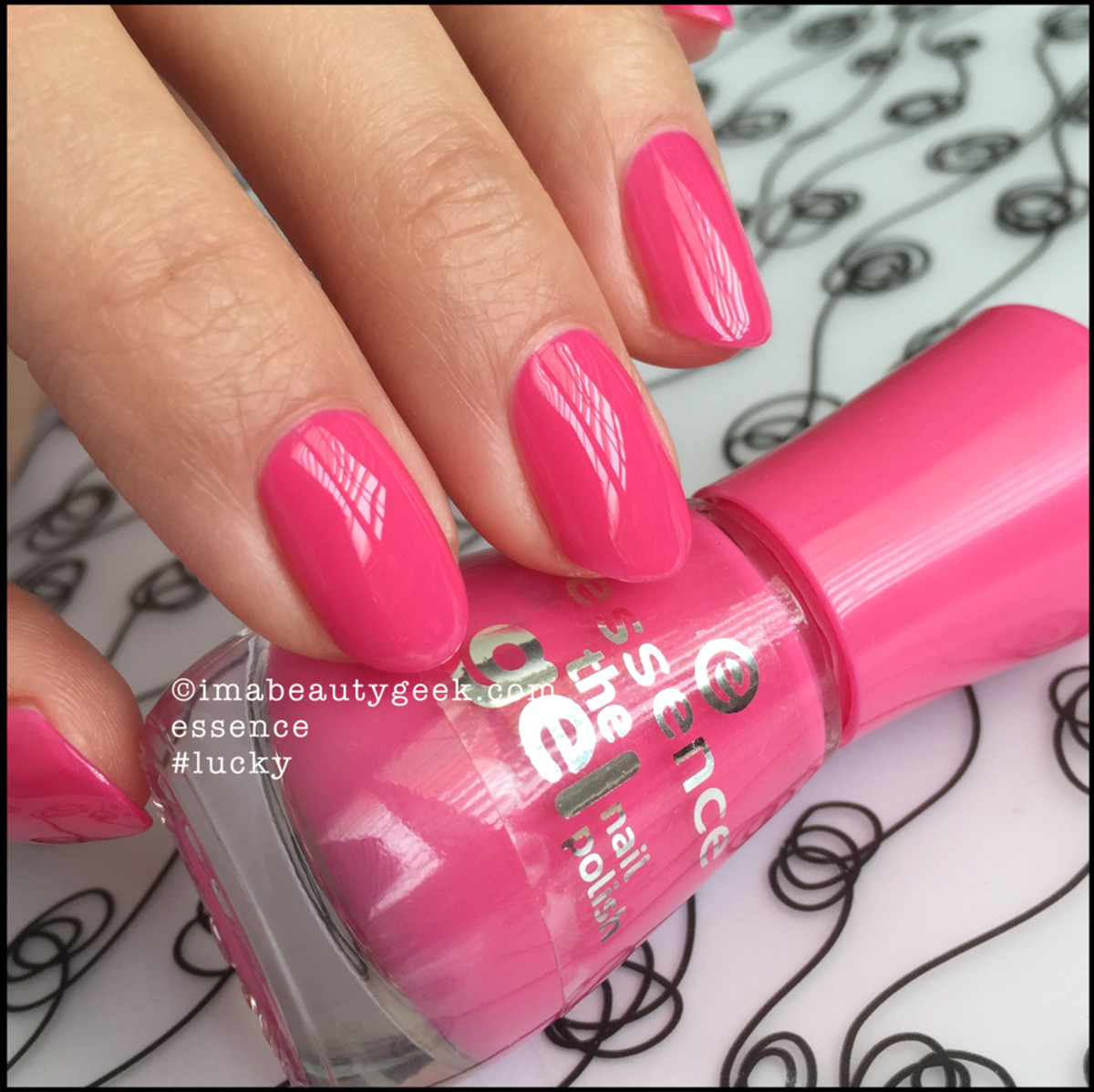 Essence Nail Polish_Essence Lucky