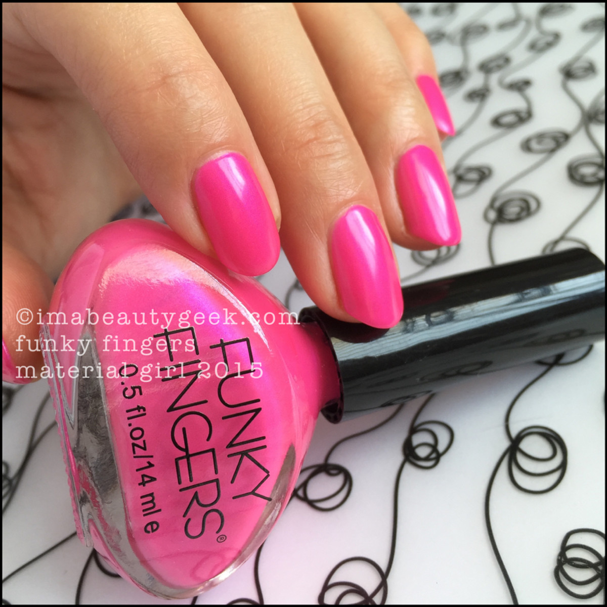 Funky Fingers Material Girl Swatch Beautygeeks _2
