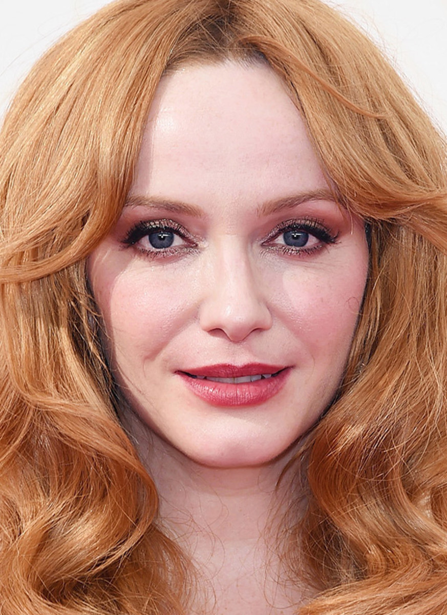 Christina Hendricks: that skin! And that wine-stained lip is a perfect balance for rosy cheeks (in part heat-flushed) and glimmering eye makeup. Makeup by Vanessa Scali for Sephora Collection.