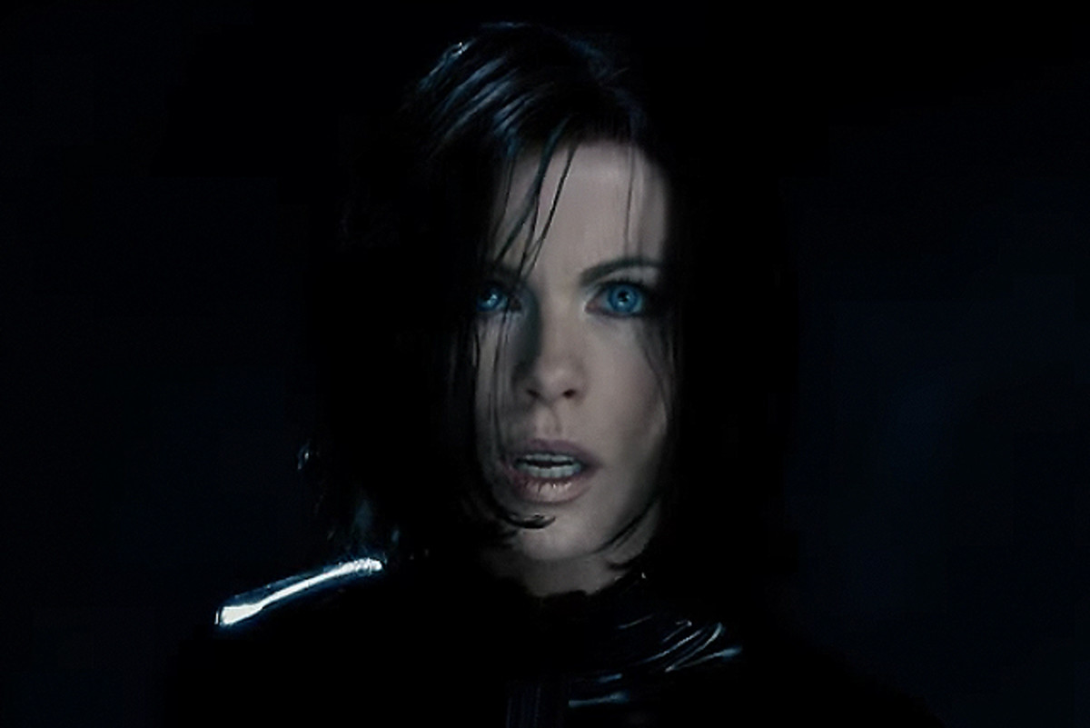 Kate Beckinsale as vampire death-dealer Selene in Underworld: Blood Wars. Makeup by Chase Aston.