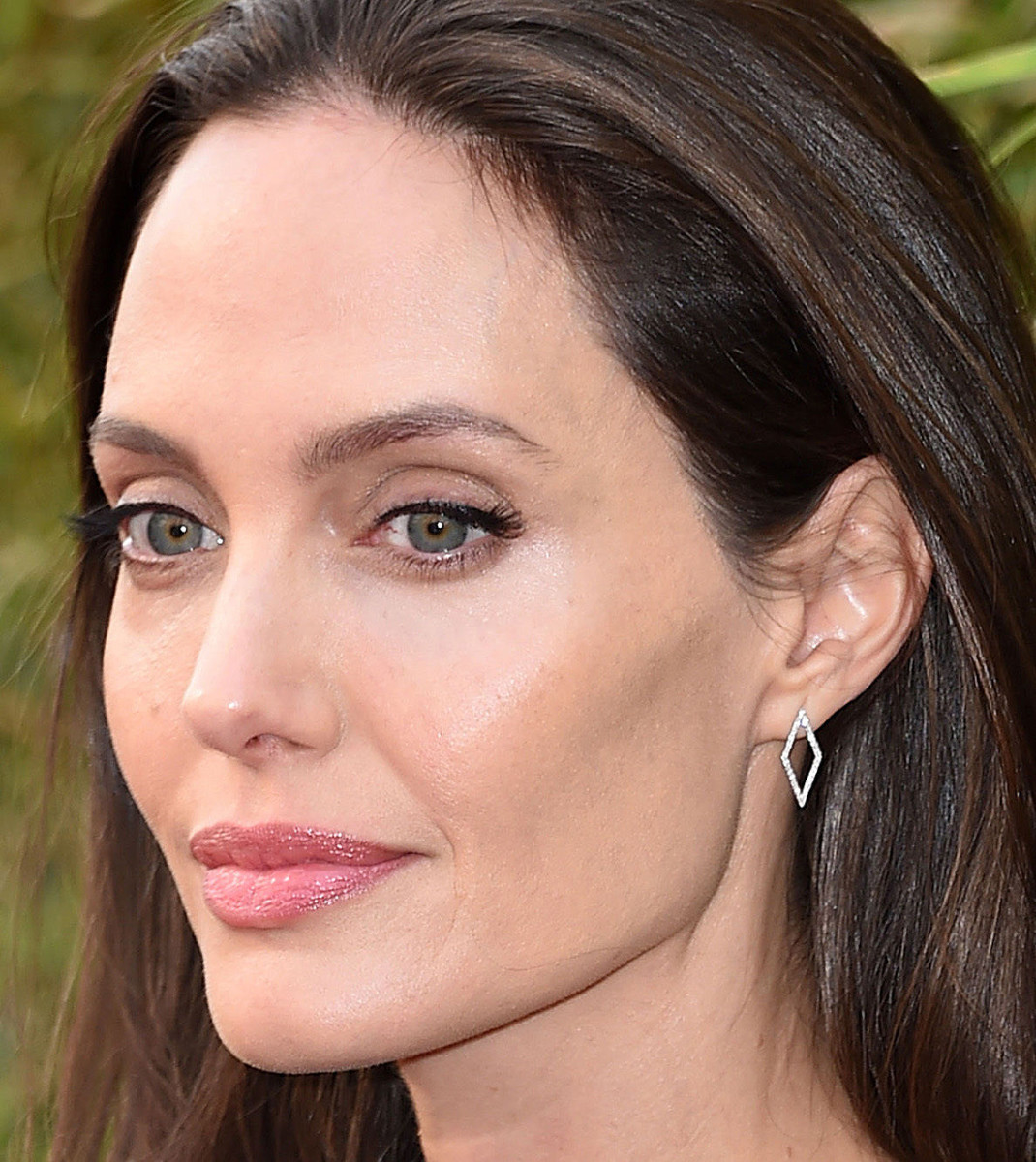 Angelina Jolie, face and muse for Guerlain's new My Guerlain, at the Kung Fu Panda 3 premiere.