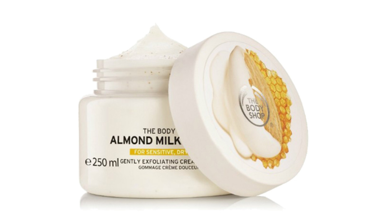 The Body Shop Almond Milk Cream Scrub