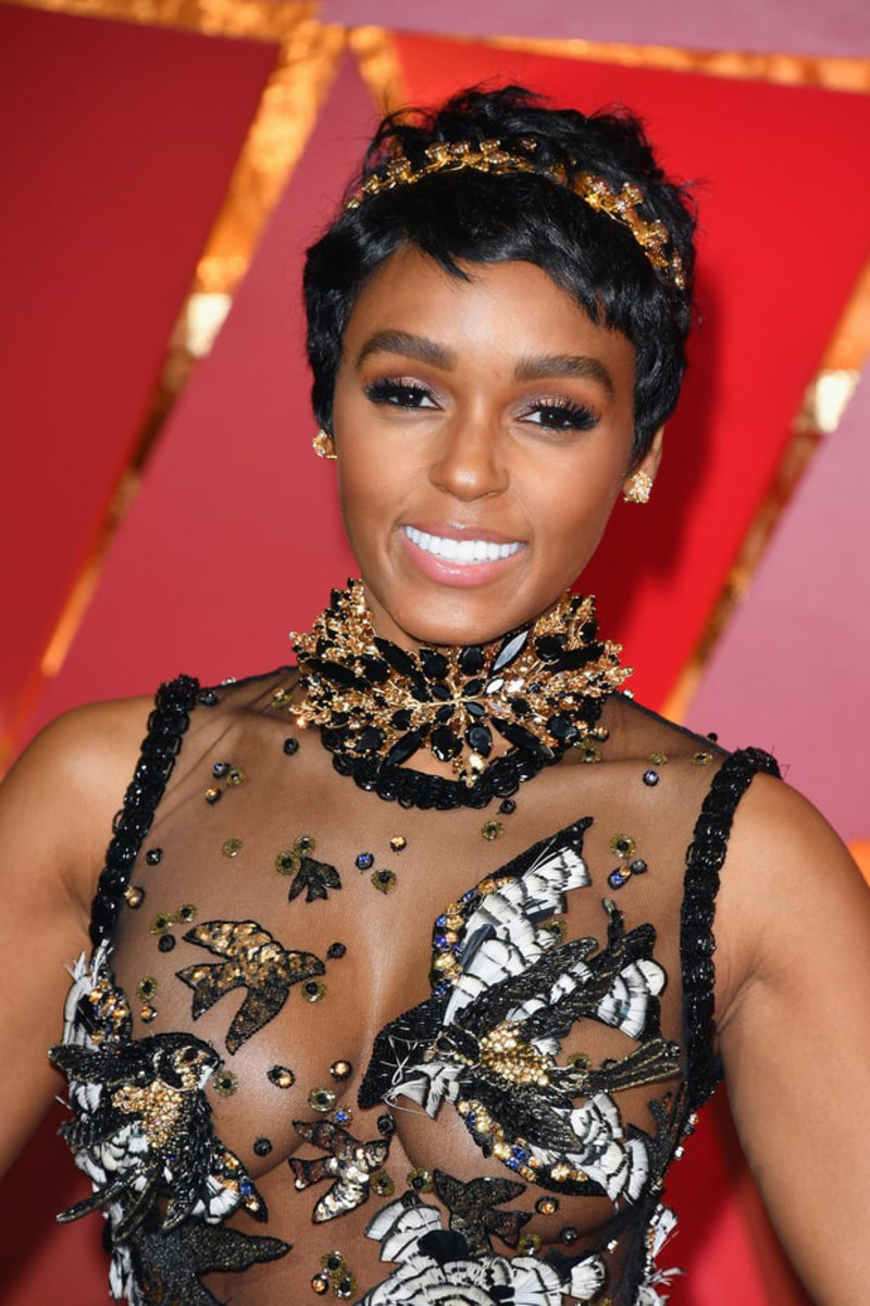 Janelle Monae at the 2017 Oscars: her glow is Covergirl