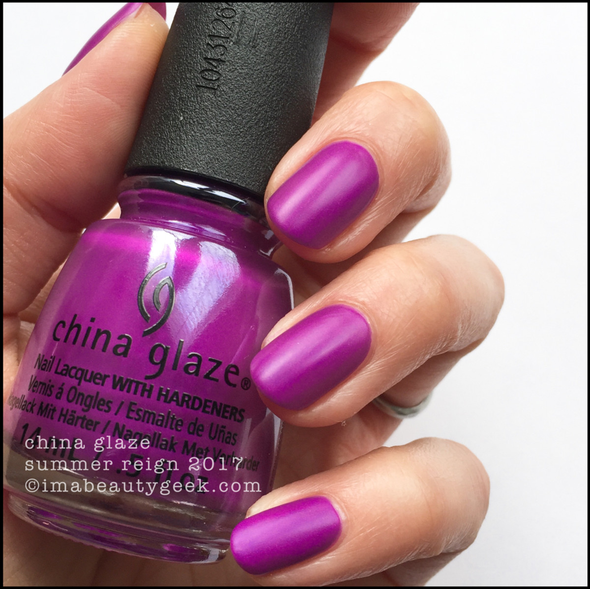China Glaze Summer Reign no Top Coat
