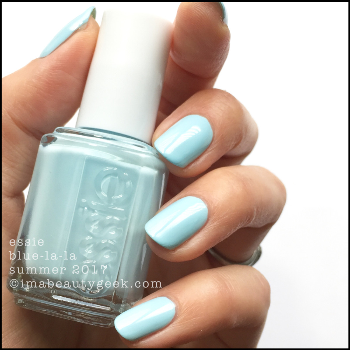 ESSIE SUMMER 2017 COLLECTION SWATCHES REVIEW SIL VOUS PLAY - Beautygeeks