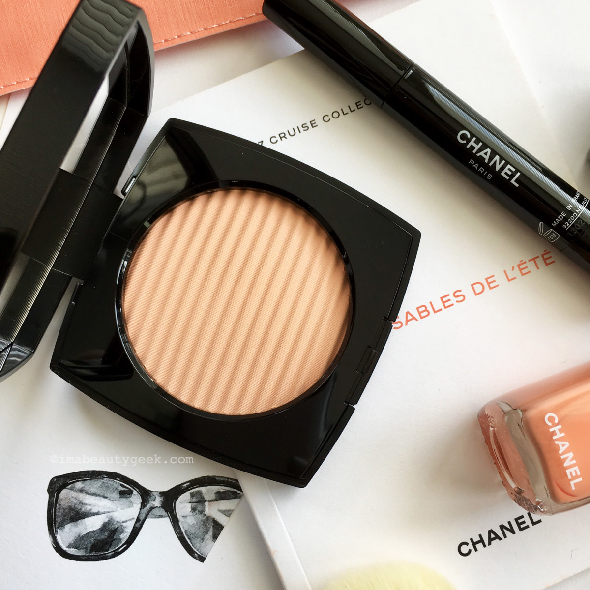 CHANEL Cruise Collection Summer 2017: Les Beiges Healthy Glow Luminous Colour in Light