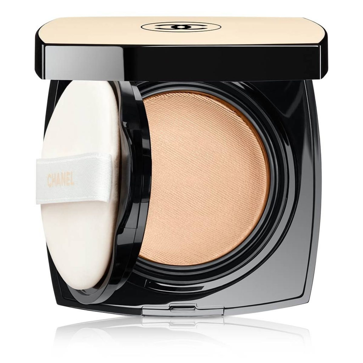 Chanel Les Beiges Healthy Glow Gel Touch Foundation cushion: launching in North America July 2017
