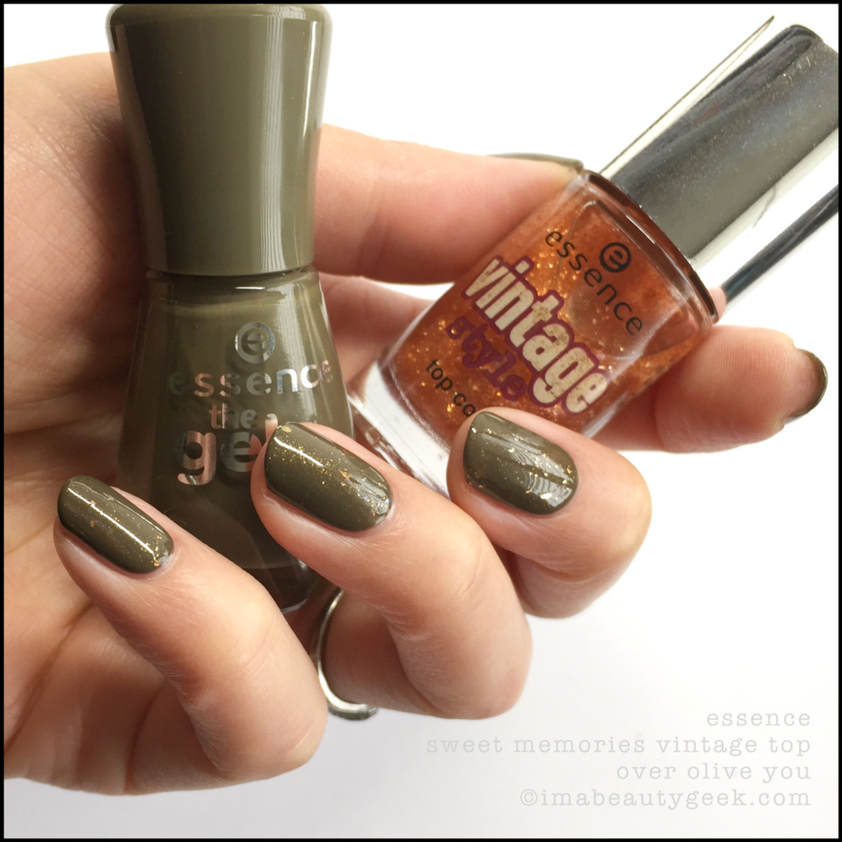 Essence Vintage Sweet Memories Top over Essence Olive You