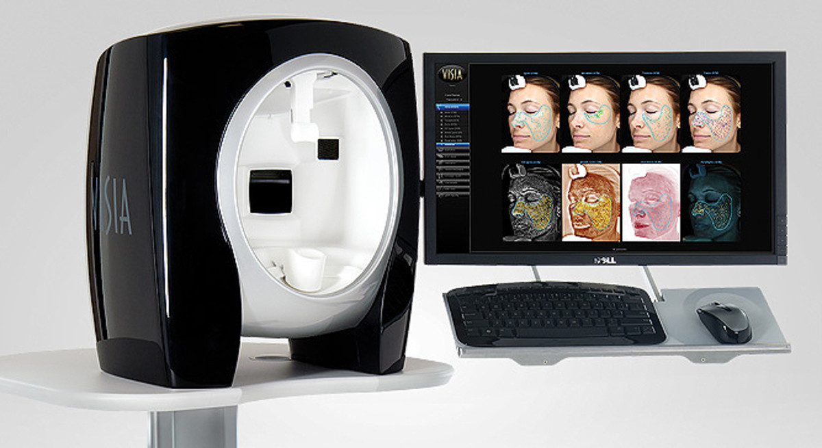Olay Good Housekeeping example of a VISIA facial-skin-analysis machine