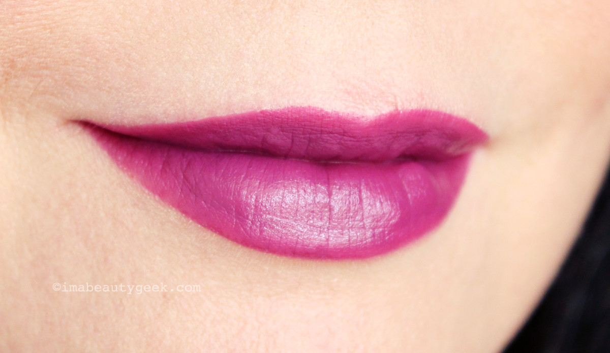 NARS Audacious Lipstick in Kate swatch