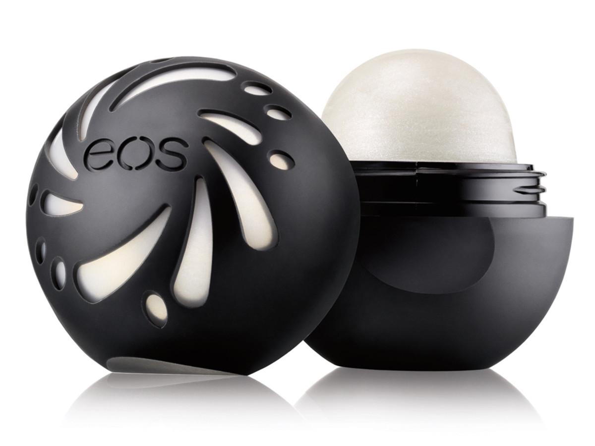 EOS Shimmer Pearl lip Balm