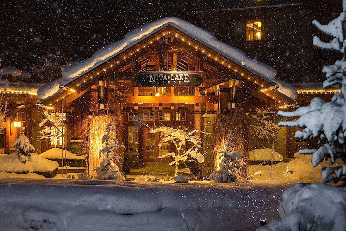 Nita Lake Lodge, Whistler, BC: is this winter magic or what?