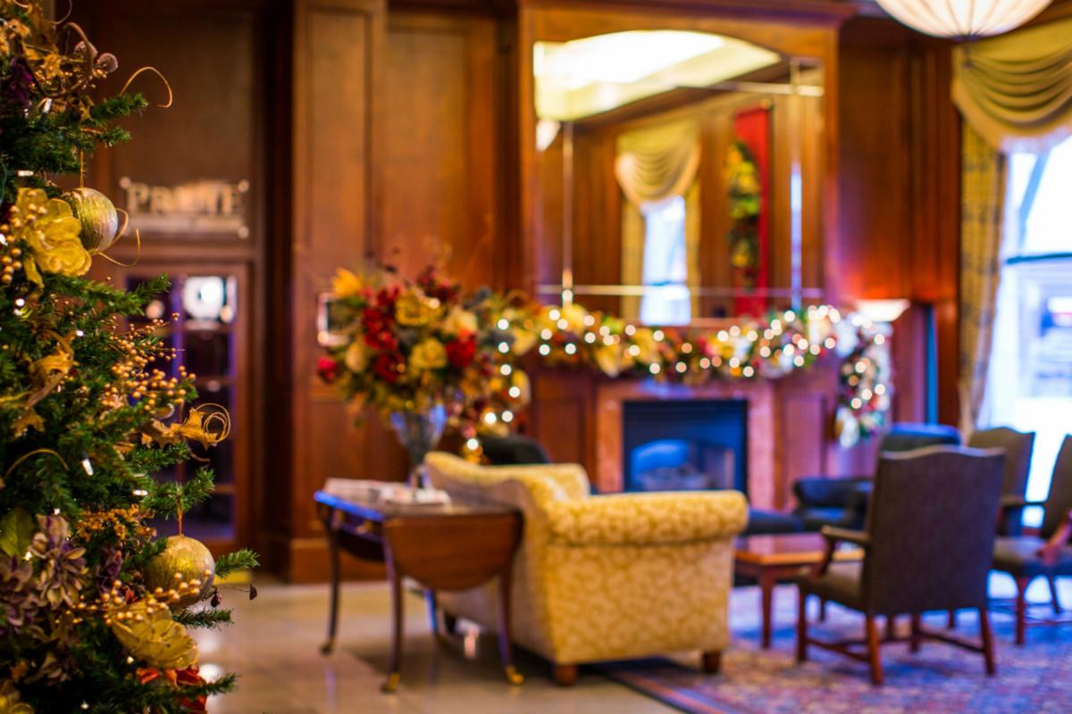 Magnolia Hotel, Victoria, BC: hotel lobby