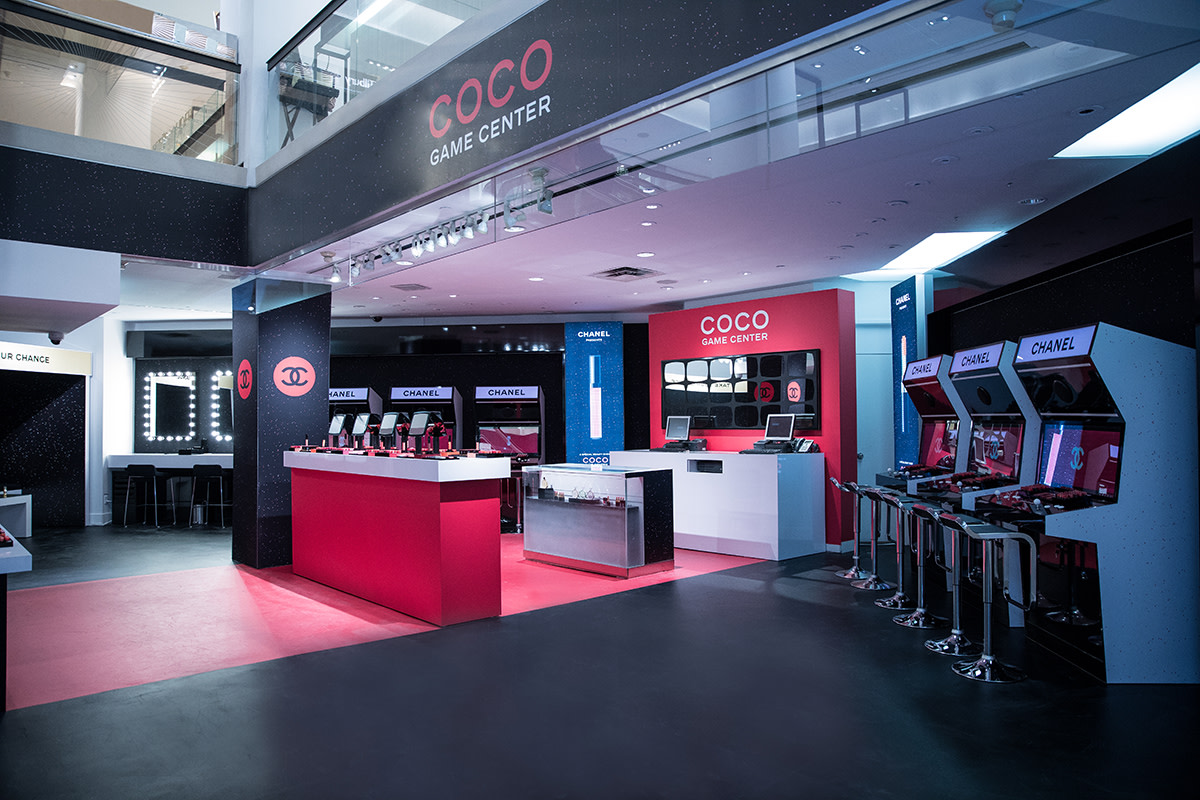 Chanel Coco Game Centre-Holt Renfrew 2018
