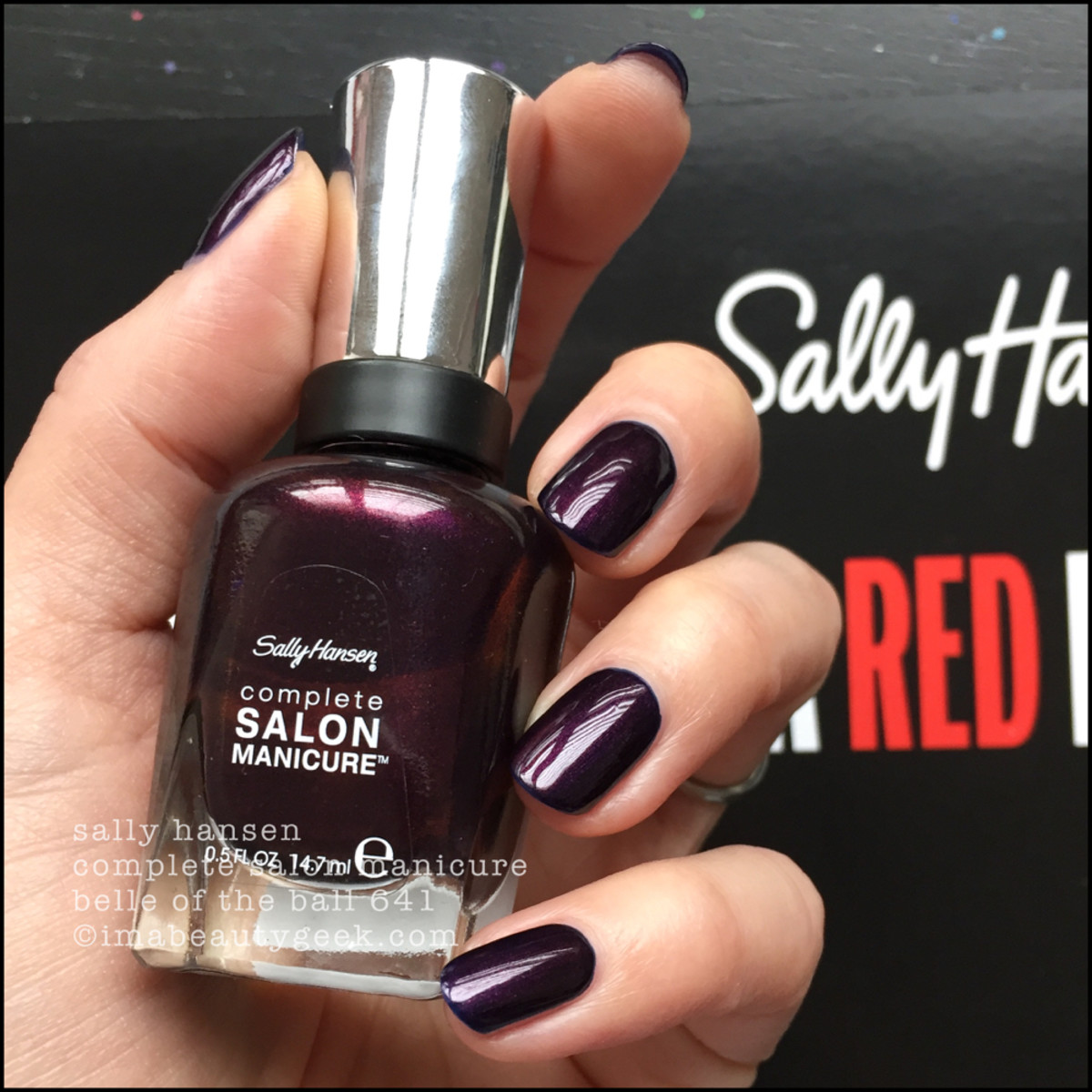 Sally Hansen Belle of the Ball 541 CSM - Red/esign Collection 2018
