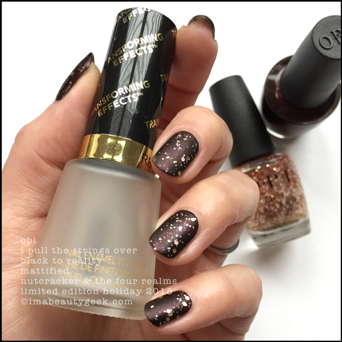 OPI I Pull the Strings over Black to Reality mattified - OPI Nutcracker Holiday 2018