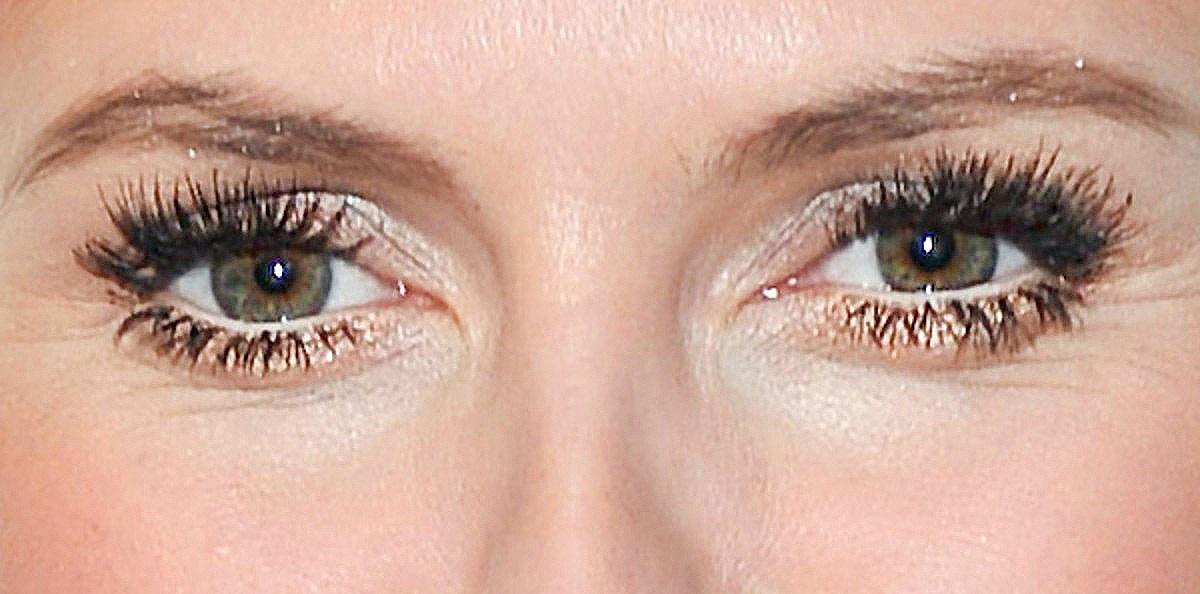 Heidi Klum's false lower lashes; makeup by Linda Hay