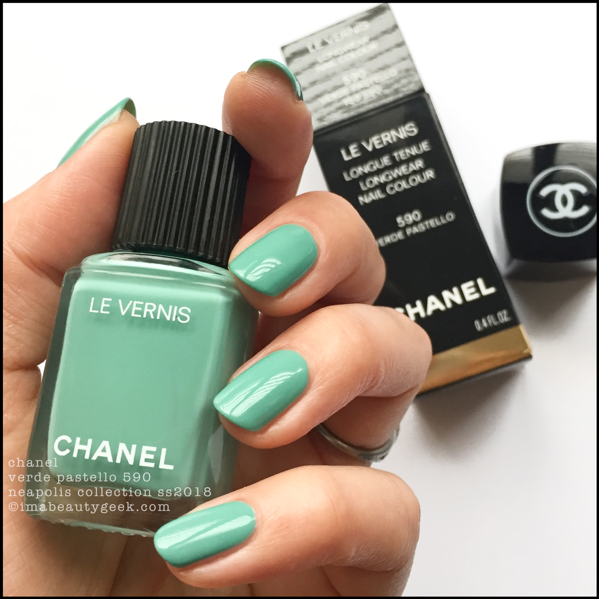 Chanel Verde Pastello 590 Le Vernis SS 2018 Neapolis Collection