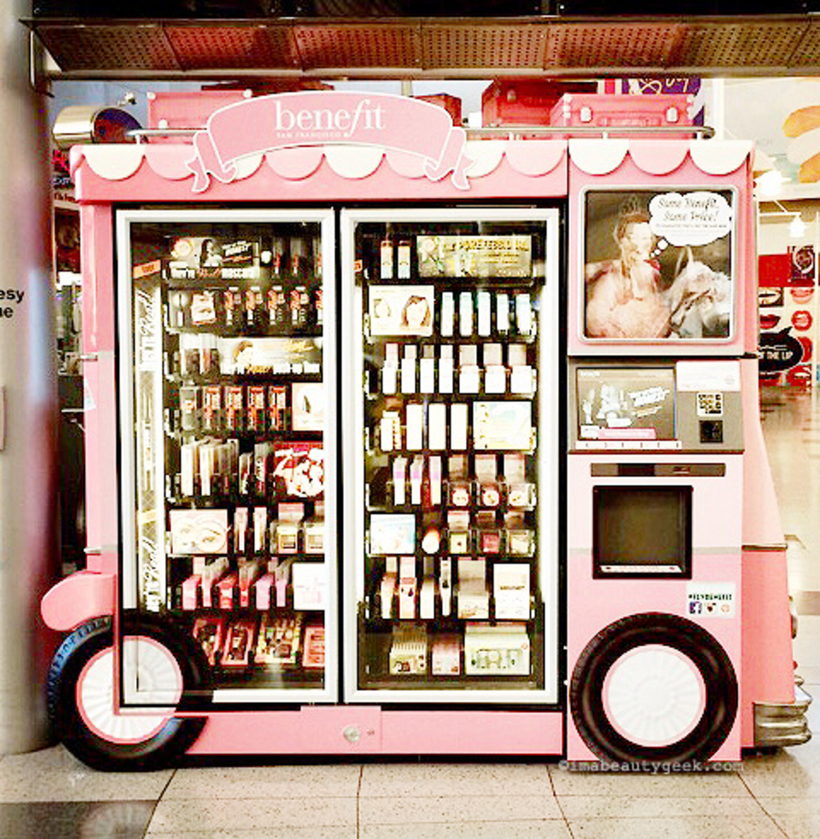 Benefit airport kiosk, Las Vegas