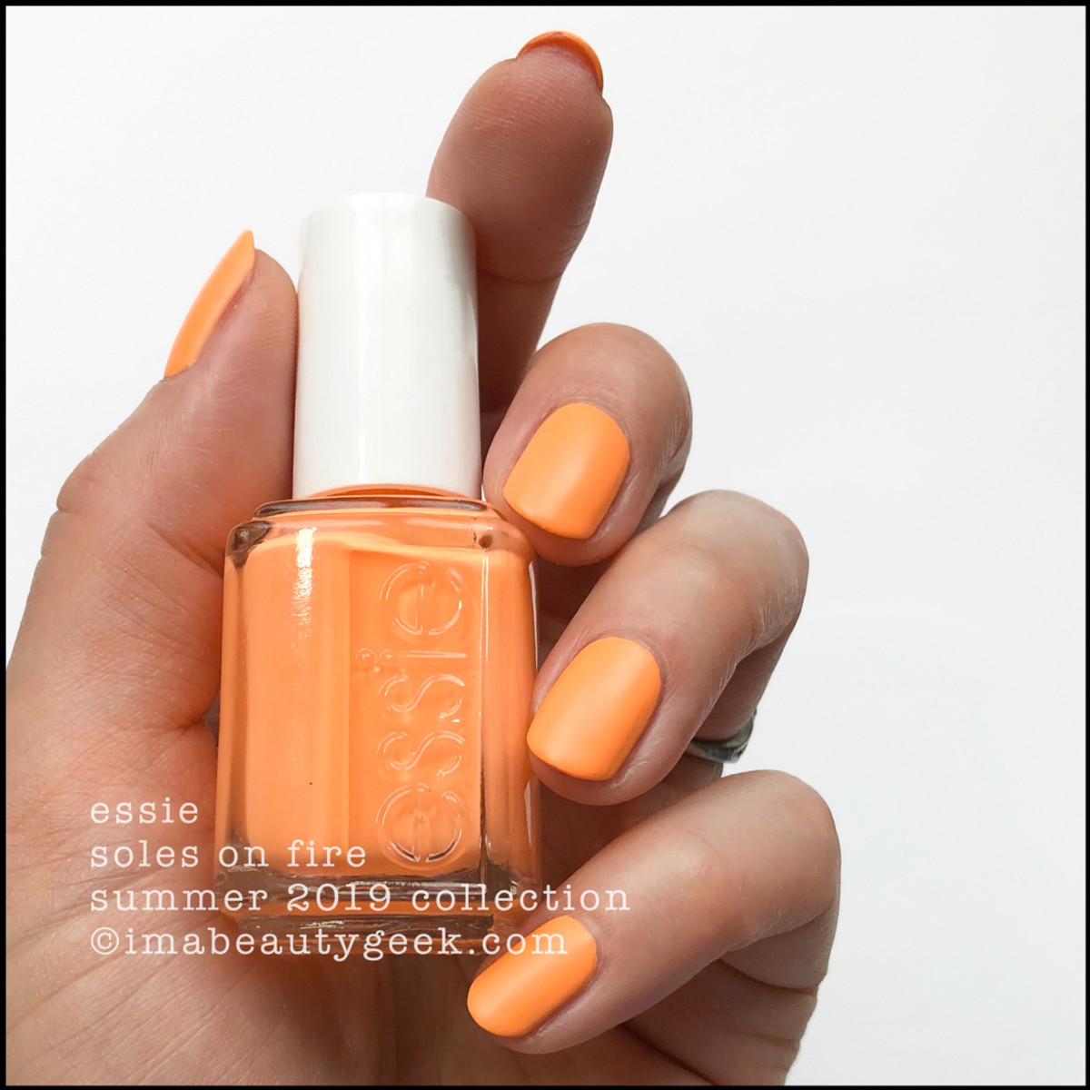 Essie Soles on Fire - Essie Summer Collection 2019 Neons