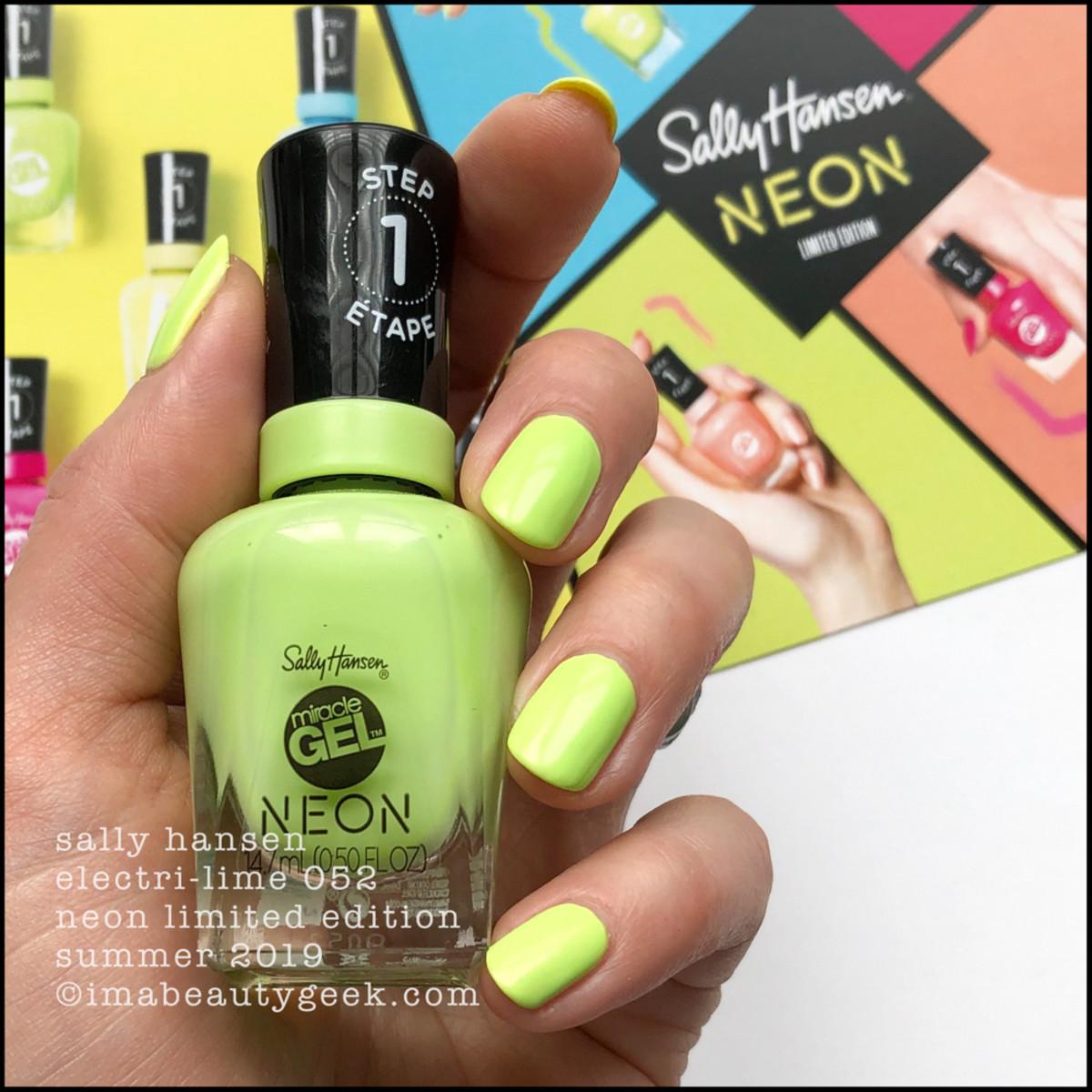 Sally Hansen Electri-Lime 052 - Sally Hansen Neon Collection Summer 2019