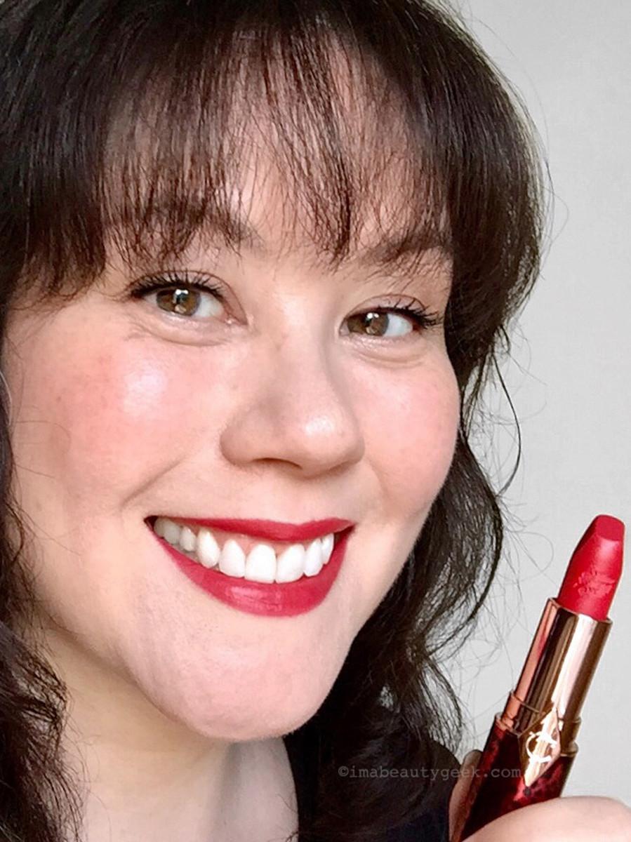 Charlottte Tilbury Hot Lips 2 Patsy Red
