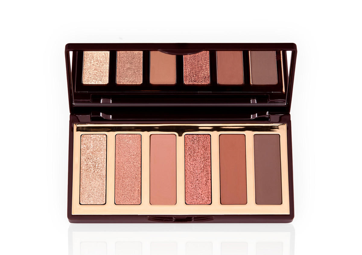 Can't get the new Charlotte Tilbury Charlotte Darling eye shadow palette out of my head, and it's NOT available at Sephora. 🙄