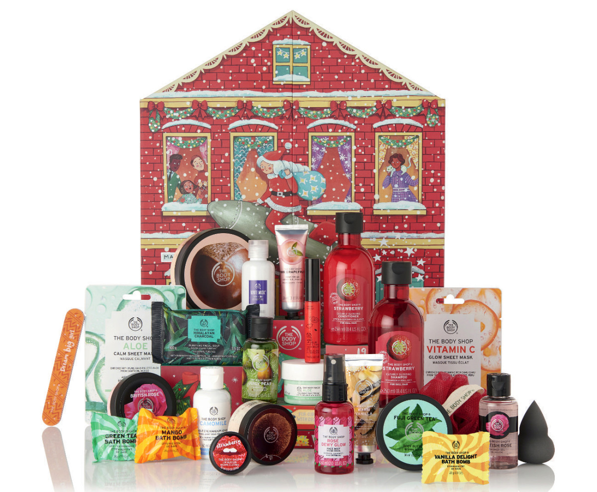The Body Shop 2019 Deluxe Beauty Advent Calendar, all the stuff