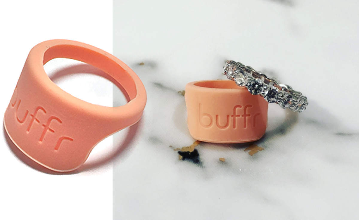 Buffr silicone ring protector to cushion rings against weights etc. when you work out