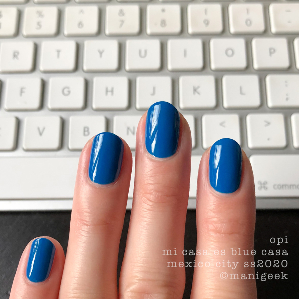 OPI Mi Casa Es Blue Casa - OPI Mexico City Swatches Review 2020