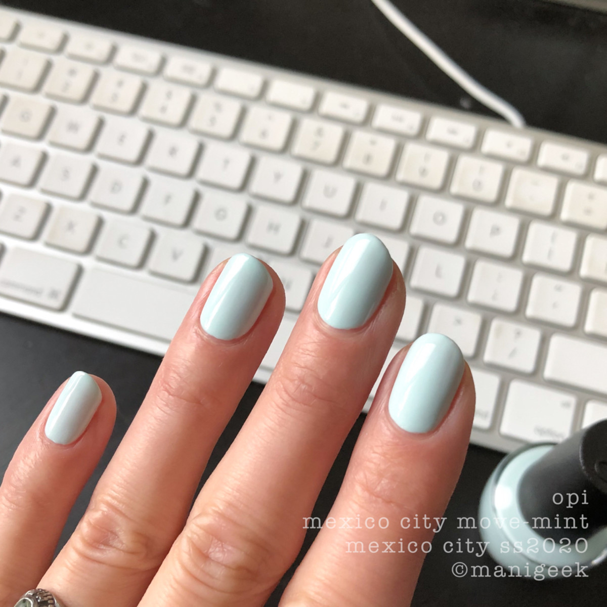 OPI Mexico City Move-Mint - OPI Mexico City Swatches Review 2020