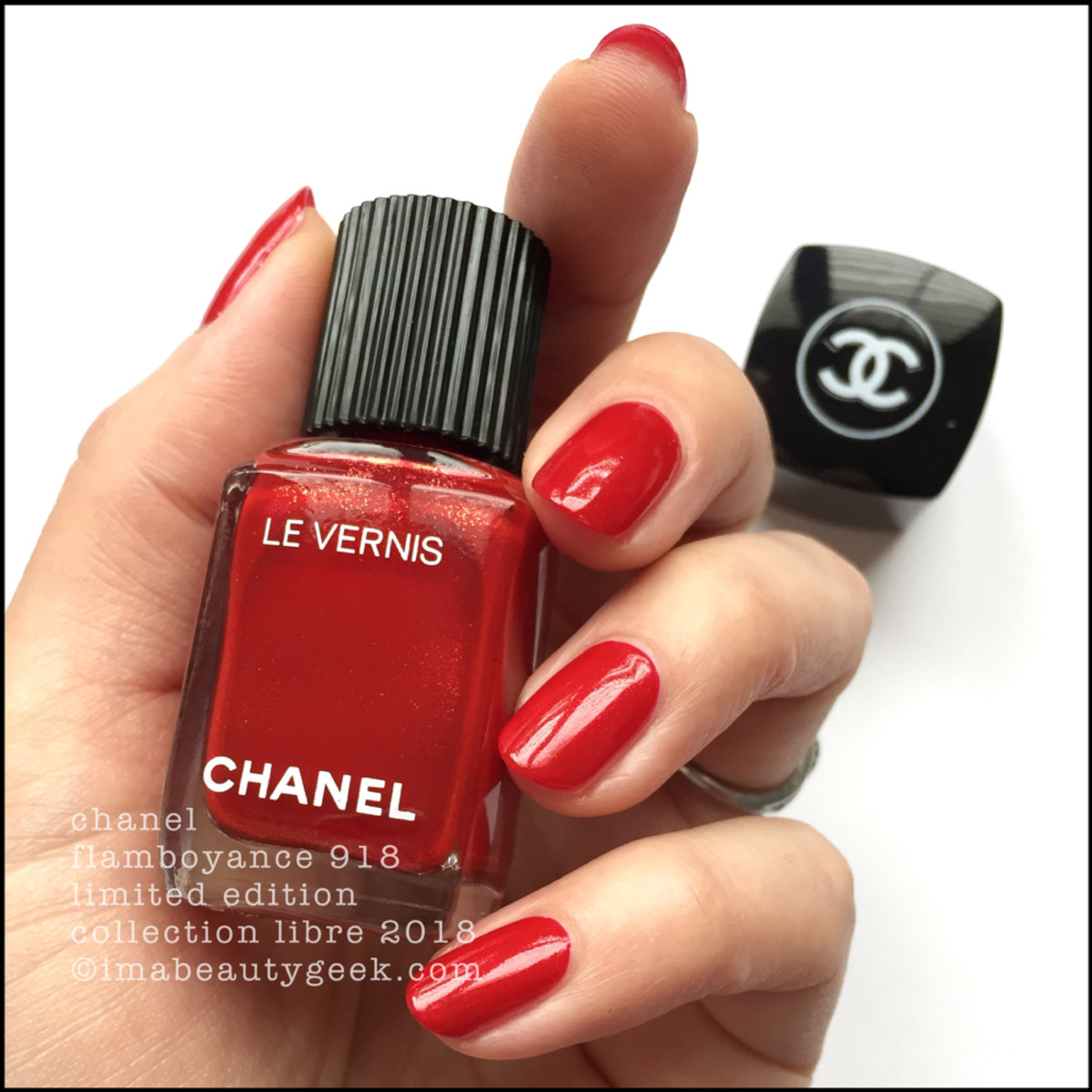 CHANEL HOLIDAY POLISH 2018 COLLECTION LIBRE LE VERNIS - Beautygeeks